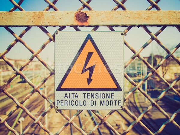 Retro kijken elektrische schok teken vintage Stockfoto © claudiodivizia