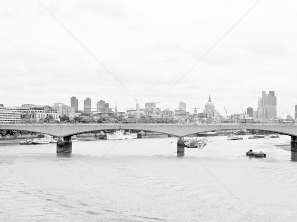 Folyó Temze London panorámakép kilátás torony Stock fotó © claudiodivizia