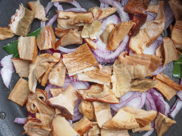 Cèpes cèpes penny chignon champignons Photo stock © claudiodivizia