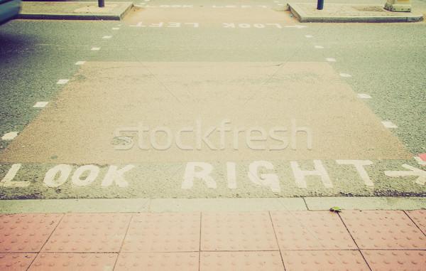 Stockfoto: Retro · kijken · teken · vintage · naar