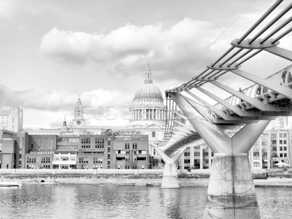 Katedral Londra Büyük Britanya yüksek dinamik Stok fotoğraf © claudiodivizia