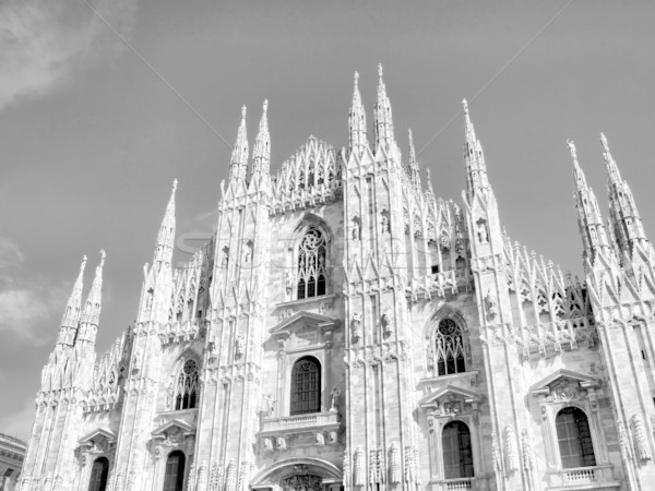 Milaan gothic kathedraal kerk hoog Stockfoto © claudiodivizia