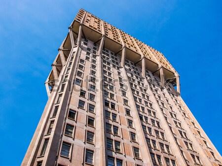 Milaan mijlpaal Italiaans nieuwe gebouw bouw Stockfoto © claudiodivizia
