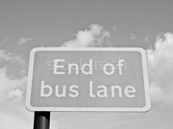Fine bus corsia segno cielo blu sfondo Foto d'archivio © claudiodivizia