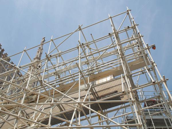 állványzat építkezés épület helyszín ház munka Stock fotó © claudiodivizia
