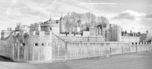 Wieża Londyn średniowiecznej zamek więzienia wysoki Zdjęcia stock © claudiodivizia