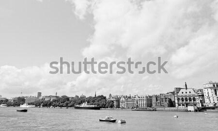 Folyó Temze London panorámakép kilátás felhők Stock fotó © claudiodivizia