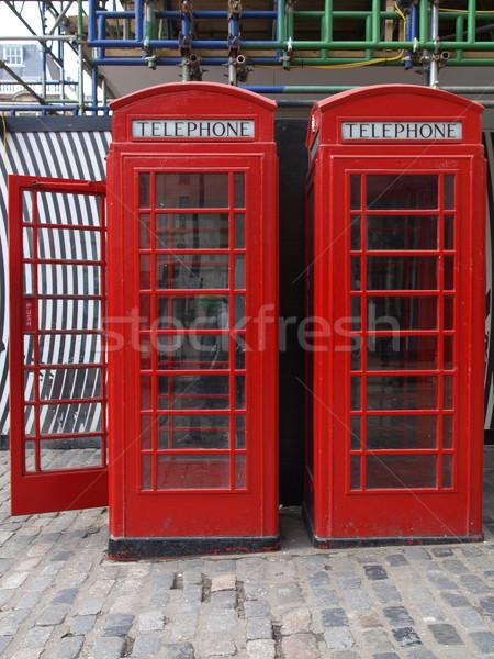 Londra telefon kutu geleneksel kırmızı şehir Stok fotoğraf © claudiodivizia