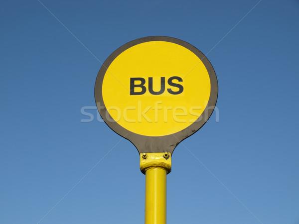 Otobüs durağı sarı imzalamak mavi gökyüzü gökyüzü mavi Stok fotoğraf © claudiodivizia