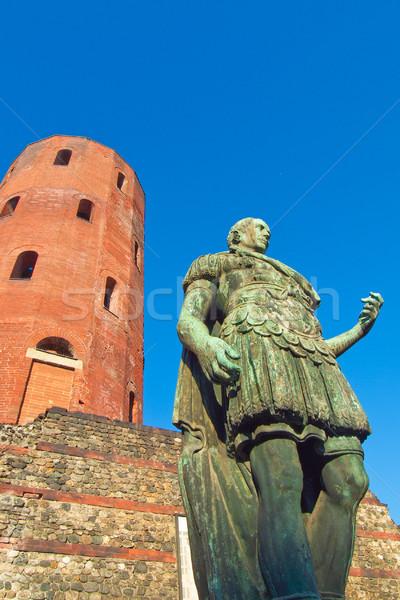 Romeinse standbeeld oude keizer stad Stockfoto © claudiodivizia