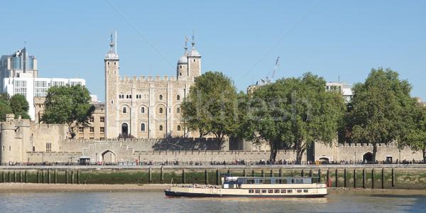 башни Лондон средневековых замок тюрьмы каменные Сток-фото © claudiodivizia