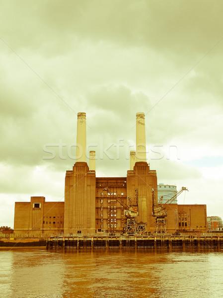 Retro néz London klasszikus néz elektromos erőmű Stock fotó © claudiodivizia