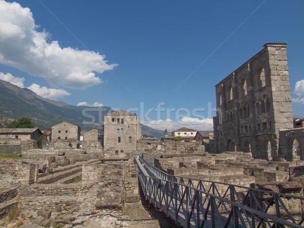 Roma tiyatro ören dağlar mimari oynamak Stok fotoğraf © claudiodivizia