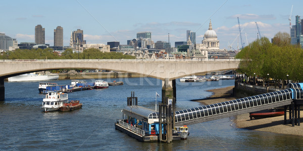 Folyó Temze London panorámakép kilátás építészet Stock fotó © claudiodivizia