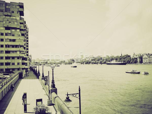 Klasszikus szépia folyó Temze dél bank Stock fotó © claudiodivizia