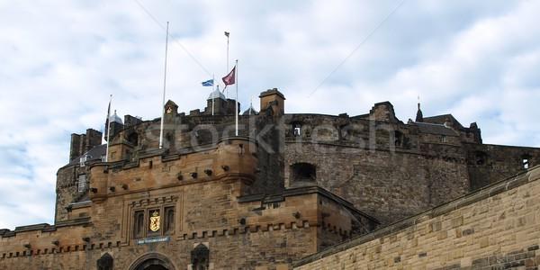 Edinburgh kastély Skócia Nagy-Britannia Egyesült Királyság építkezés Stock fotó © claudiodivizia