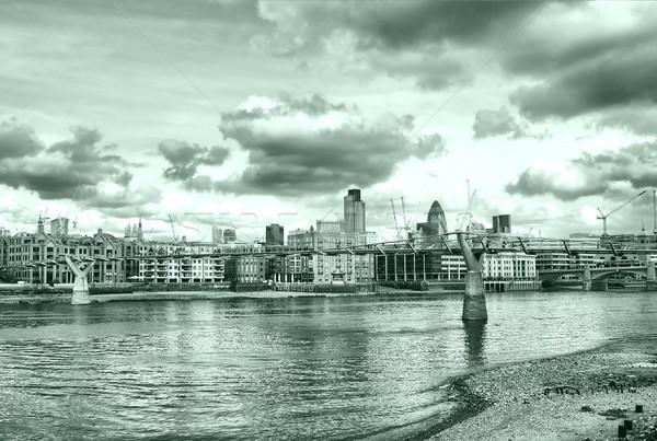 Rivière thames Londres panoramique vue élevé Photo stock © claudiodivizia