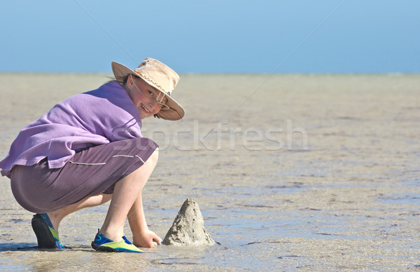 подростку пляж девушки здании морем Сток-фото © clearviewstock