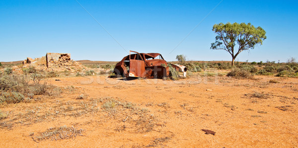 Stary samochód ruiny doskonały obraz pustyni vintage Zdjęcia stock © clearviewstock