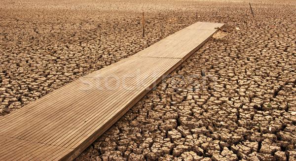 Kuru göl tüm kurutulmuş dışarı üzücü Stok fotoğraf © clearviewstock