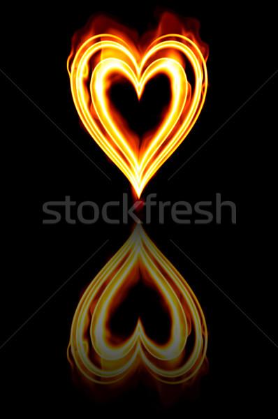 ストックフォト: 中心 · 火災 · 燃焼 · 情熱 · 愛 · 炎