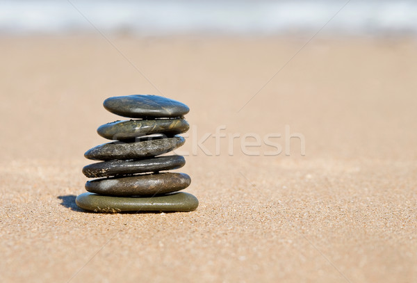 Agradable equilibrio piedras estabilidad equilibrio playa Foto stock © clearviewstock
