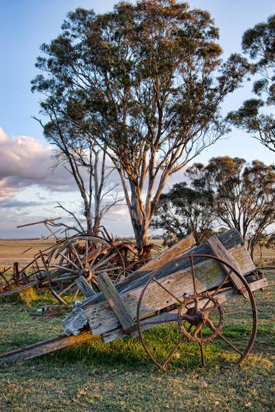 古い ファーム ワゴン カート 風景 ツール ストックフォト © clearviewstock