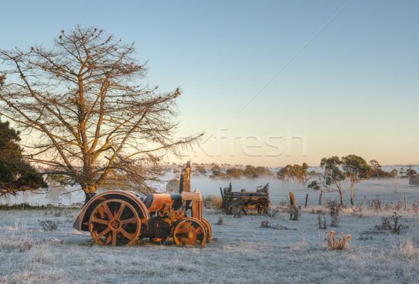 öreg traktor klasszikus mező törött hideg Stock fotó © clearviewstock