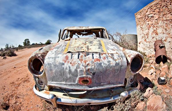 Carro velho deserto imagem longe Foto stock © clearviewstock