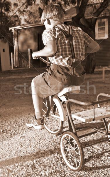 Stok fotoğraf: Binicilik · bisiklet · eski · stil · giyim