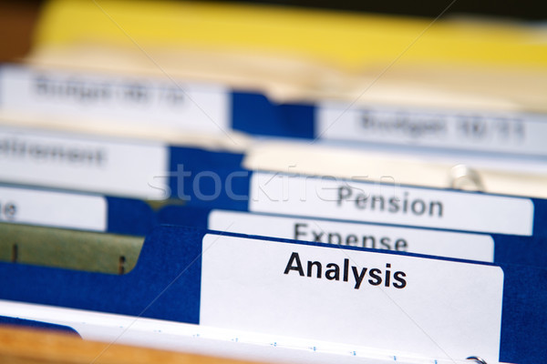 Stockfoto: Business · mappen · kabinet · vol · documenten · map