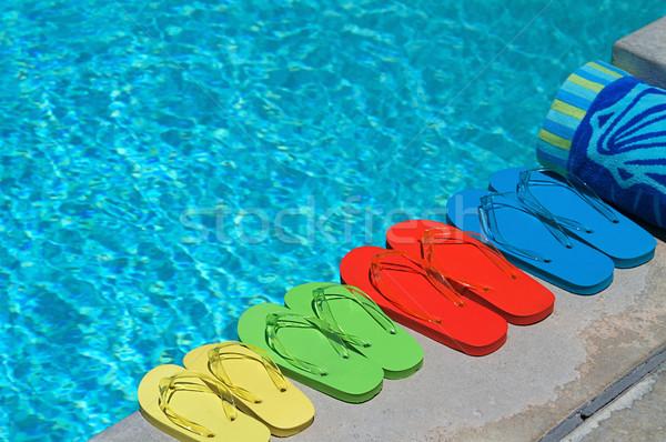 Yaz renkli aile dört yüzme havuzu turuncu Stok fotoğraf © cmcderm1