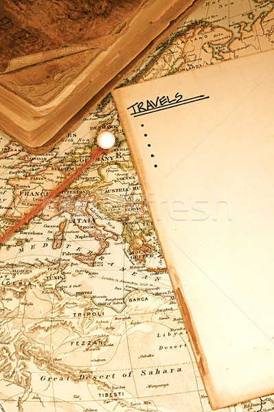 Vintage kaart grafiek auteursrecht wereld reiziger Stockfoto © cmcderm1