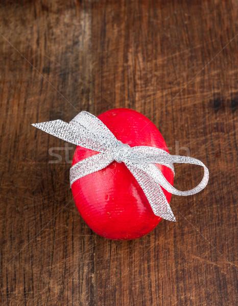 Piros színes tojás fából készült íj szalag öreg Stock fotó © Coffeechocolates