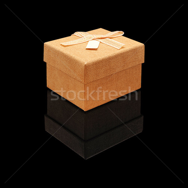 Bege fechar caixa de presente tecido textura arco Foto stock © Coffeechocolates