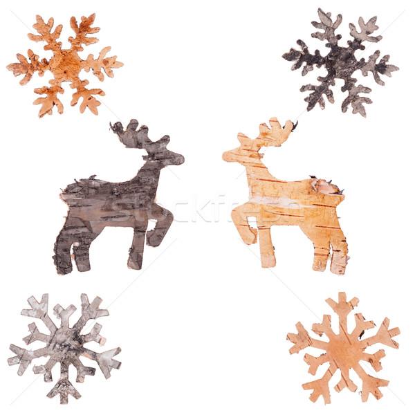 Rénszarvas hópelyhek kivágás nyírfa ugatás izolált Stock fotó © Coffeechocolates