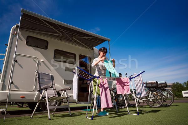 Mosás táborhely karaván autó vakáció család Stock fotó © cookelma