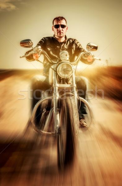 Motoros bőrdzseki lovaglás motorkerékpár út divat Stock fotó © cookelma
