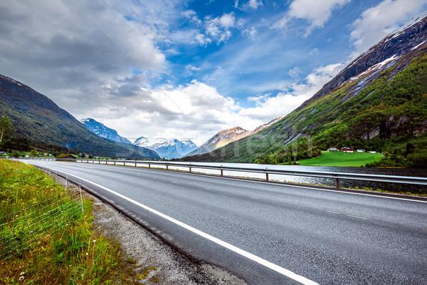 Strada Norvegia bella natura cielo foresta Foto d'archivio © cookelma