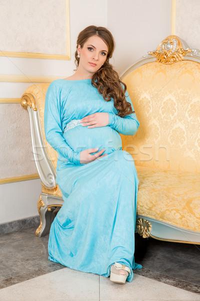 Mujer embarazada retrato mujer embarazada nina mano sonrisa Foto stock © cookelma