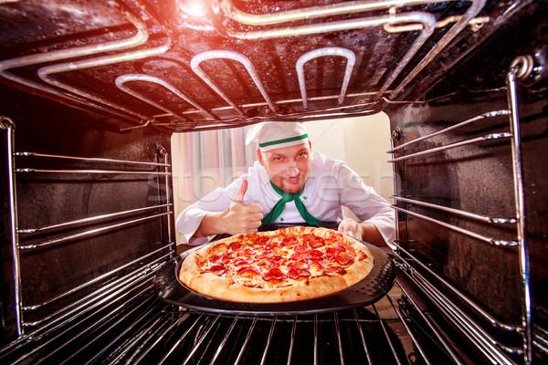 Pizza oven chef binnenkant Stockfoto © cookelma