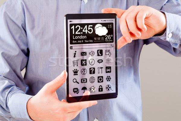 Tablet transparant scherm menselijke handen display Stockfoto © cookelma