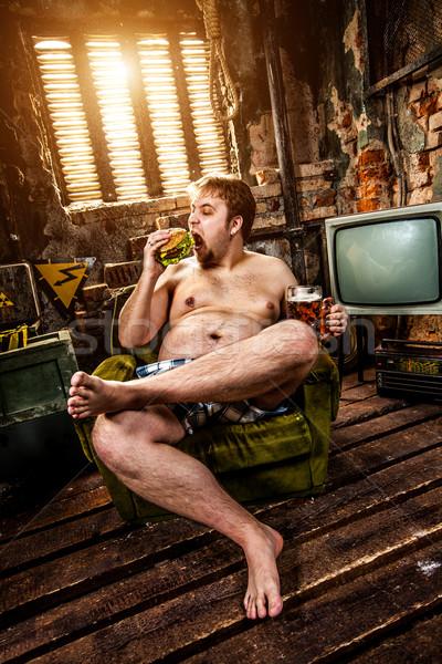 Grubas jedzenie hamburger fotel żywności Zdjęcia stock © cookelma