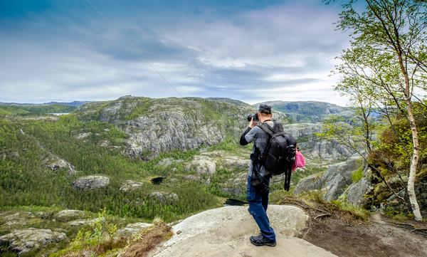 Naturaleza fotógrafo turísticos cámara pie superior Foto stock © cookelma