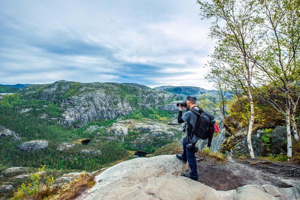 Natureza fotógrafo belo Noruega turista câmera Foto stock © cookelma