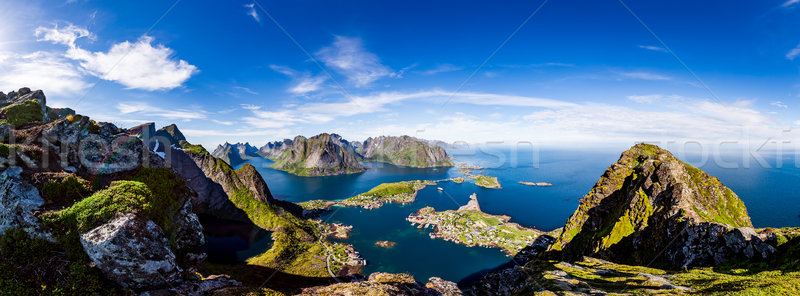 Szigetvilág panoráma Norvégia díszlet drámai hegyek Stock fotó © cookelma