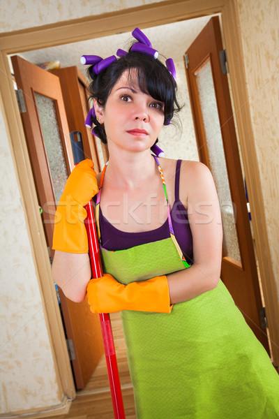 Сток-фото: домохозяйка · полу · дома · женщину · домой · рабочих