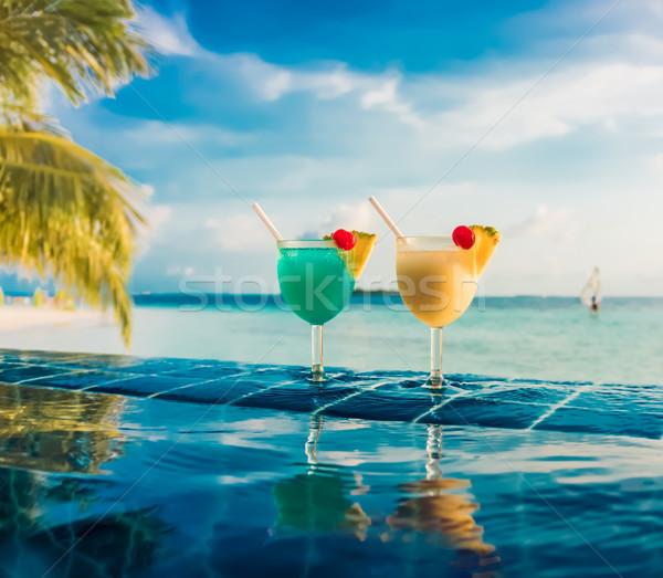 Koktél úszómedence indiai óceán Maldív-szigetek tengerpart Stock fotó © cookelma