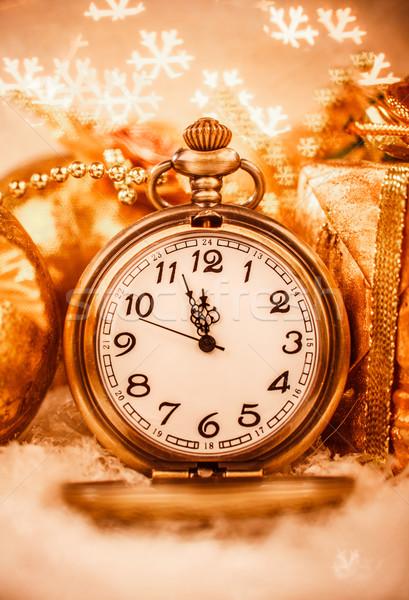 Foto stock: Natal · relógio · de · bolso · natureza · morta · festa · neve · metal