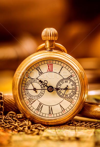 Vintage reloj de bolsillo antiguos grunge naturaleza muerta resumen Foto stock © cookelma